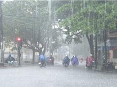 Hà Nội có mưa giông mạnh, Nam Bộ vẫn nóng trên 37 độ C