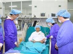Thêm 2 bệnh nhân được ghép tim và gan xuyên Việt