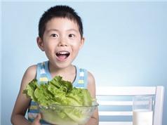 Trẻ suy dinh dưỡng khác còi xương thế nào?