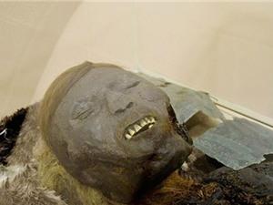 Kinh ngạc xác ướp trẻ em 800 tuổi còn nguyên da
