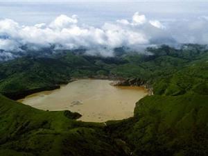Khám phá hồ tử thần xóa sổ nhiều ngôi làng ở Cameroon
