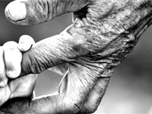 Thử nghiệm thuốc chống lão hóa trên người