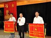 Nhiều tập thể, cá nhân thuộc Bộ KH&CN nhận cờ thi đua, bằng khen của Chính phủ