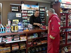Cửa hàng thuốc lá càng xa, càng dễ cai nghiện
