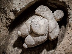 Phát hiện tượng người phụ nữ mập mạp hơn 10.000 năm tuổi