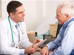 Điều trị ung thư: Người già dùng ké phác đồ của người trẻ