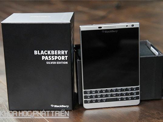Blackberry Passport Silver chính hãng giảm gần 5 triệu đồng