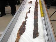 Phát hiện cặp kiếm báu 1.500 tuổi trong hầm mộ Nhật Bản