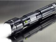 Clip: Chiếc đèn pin kiêm bật lửa vô cùng độc đáo
