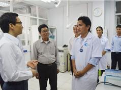 Phó Thủ tướng Vũ Đức Đam thăm Phòng thí nghiệm chất lượng cao của TPHCM