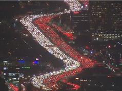 Clip: Cảnh ách tắc giao thông tuyệt đẹp ở Los Angeles