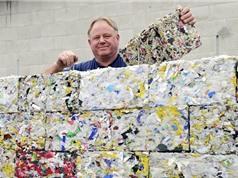 Cỗ máy tái chế nhựa phế thải thành gạch chống động đất