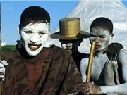 Phong tục hành xác đáng sợ của bộ tộc Xhosa