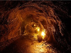 Con người có thể sống trong hang dung nham trên Mặt Trăng
