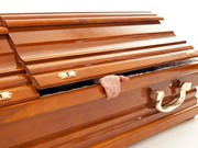 Tóc và móng tay con người có dài ra sau khi chết?