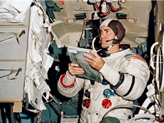NASA thua kiện chiếc túi thuộc sứ mệnh Apollo 11