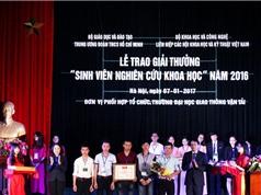 Lễ trao giải thưởng sinh viên nghiên cứu khoa học năm 2016