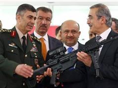 Quân đội Thổ Nhĩ Kỳ được trang bị súng trường bắn 700 phát/phút