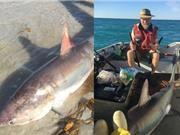 Cá mập dài 3,2m bất ngờ nhảy vào thuyền của ngư dân