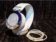 Tai nghe đính kim cương, giá 100.000 USD