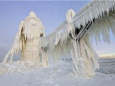 Các danh thắng nổi tiếng thế giới ngừng hoạt động vì tuyết