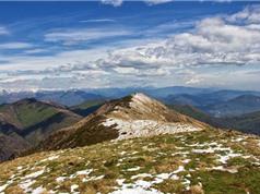 """""""Du ngoạn"""" vòng quanh châu Âu ngắm sông núi hùng vĩ"""