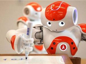 Trung Quốc giới thiệu robot viết báo thần tốc