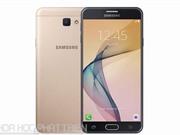 Smartphone selfie, RAM 3 GB của Samsung giảm giá sốc