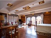 """""""Đột nhập"""" khách sạn đẹp nhất đất Phật Nepal"""