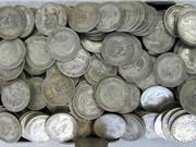 Dọn nhà thừa kế, thấy đống vàng bạc trị giá 1 tỷ đồng