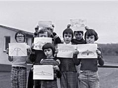 UFO bí ẩn trên sân trường khiến cả lớp học hoảng sợ ở xứ Wales