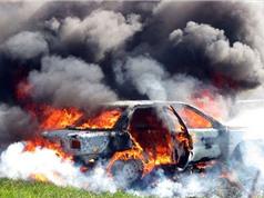 Clip: Lý giải nguyên nhân gây cháy, nổ ô tô tại Việt Nam