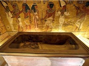 Dùng radar tìm kiếm mật thất trong mộ vua Tutankhamun