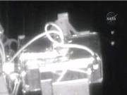 NASA bị tố che giấu cảnh 6 UFO bay qua trạm ISS