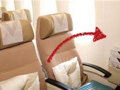 Vì sao cửa sổ trên máy bay luôn không thẳng hàng với ghế ngồi?