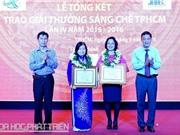 Đại sứ Mỹ chúc mừng nhà khoa học Nguyễn Thị Ngọc Trâm
