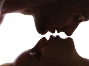 Con người có sex vì nghiện mùi nhau?
