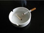 Vì sao trên máy bay cấm hút thuốc nhưng vẫn có gạt tàn?