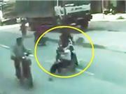 Clip: Tông cụ già bị thương, người đàn ông vội vàng bỏ chạy