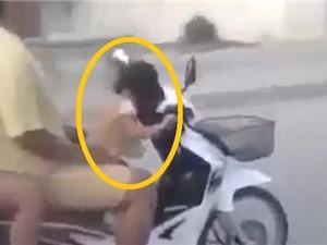Clip: Hãi hùng cảnh bé gái 3 tuổi chở 3 người trên xe máy