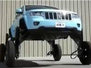 Clip: Ý tưởng thiết kế xe Jeep chống tắc đường vô cùng độc đáo