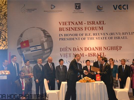 Việt Nam - Israel ký kết hợp tác về đổi mới công nghệ