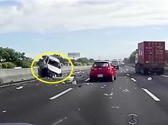 """Clip: Những pha tai nạn khiến người xem """"lạnh sống lưng"""""""