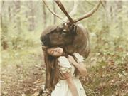 Bộ ảnh tuyệt đẹp về tình bạn giữa con người và các loài vật