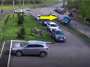 CLIP HOT NHẤT TRONG NGÀY: Tai nạn ô tô kinh hoàng, báo đốm giết trăn khổng lồ