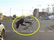 """Clip: 10 tình huống tai nạn xe đạp vô cùng """"củ chuối"""""""