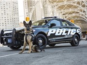 """Siêu xe cảnh sát Ford Police Responder Hybrid """"ngốn"""" chỉ 6,19 lít/100 km"""