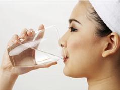 Clip: Uống nước vào buổi sáng có tốt không?