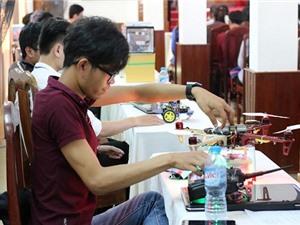 Thiết bị chống ngã của sinh viên Việt tham dự Tech in Asia
