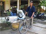 Nông dân chế tạo máy thu gom lúa đa năng